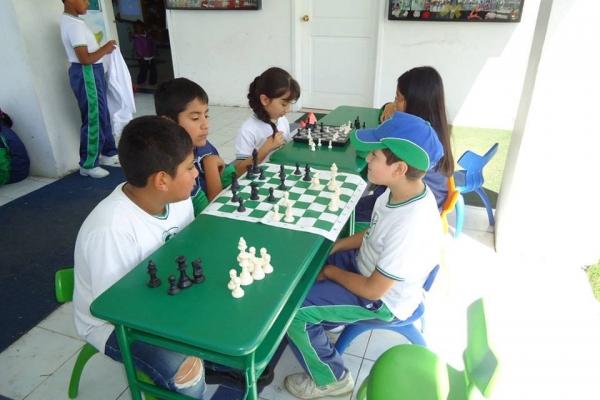 ajedrez7835E52C-3553-4EB1-9483-34F1F867D7ED.jpg